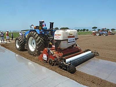 意大利法拉利(FORIGO)覆膜液体注入土壤消毒灭虫机