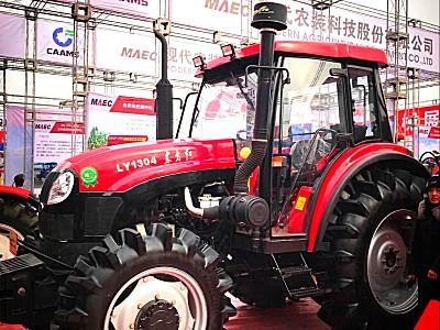 东方红天骄LY1304D拖拉机