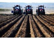 黑龙江今年创100个农机合作社规范社