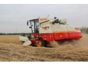 雷沃谷神GE70今年麦收的绝对主力