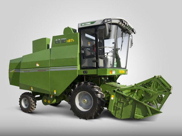 LZ 7B 型小麦收割机