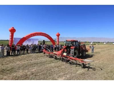 全系列牧草设备的盛宴—2016格兰集团牧草机械演示会