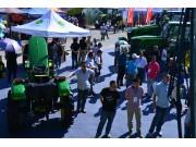 约翰迪尔高品质设备风靡2016新疆农业机械博览会