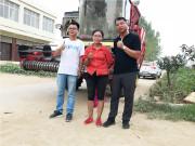 """这个""""女汉子""""第一次当农机手,就选了郑州中联花生收获机!如今已购5台!"""