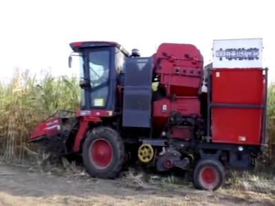 質量可靠服務好,用戶為中聯收獲玉米收獲機點贊