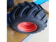 seastar320/60-12人字花轮胎
