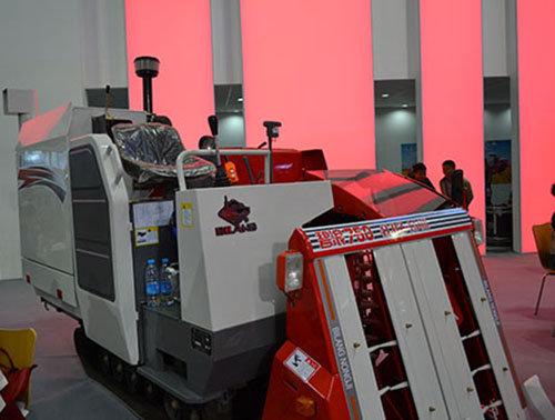 碧浪4LBZ-150II(碧浪-750T)半喂入联合收割机