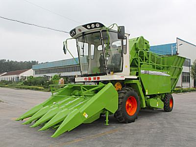 山东润源4YZ-4B自走式玉米收割机