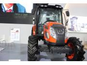 PX900拖拉机