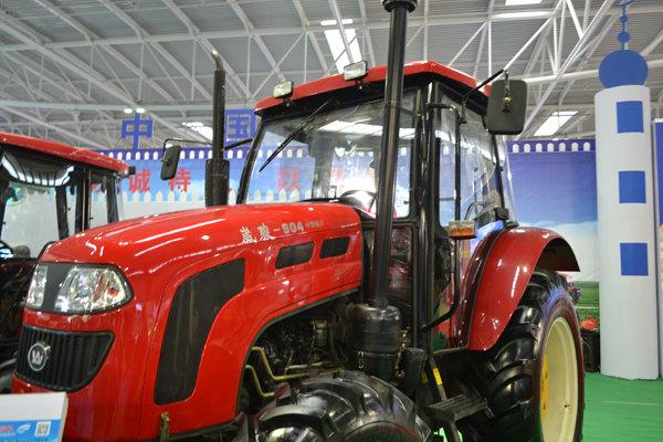 崴骏TD904轮式拖拉机