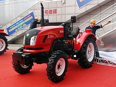 东风DF454-16轮式拖拉机