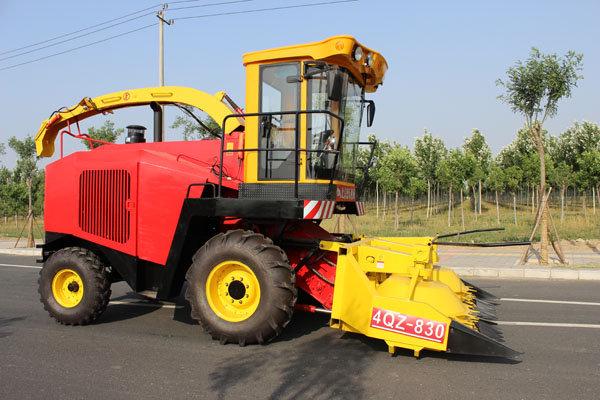 中国快三网app—北京德乐4QZ-830自走式青贮饲料收获机