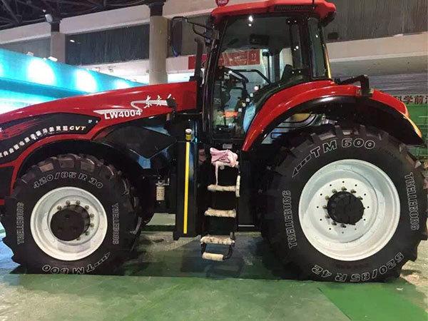 东方红lw4004拖拉机