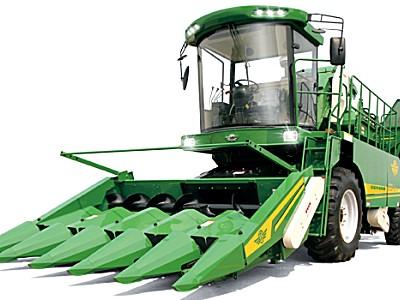 山东五征4YZP-5自走式玉米收割机