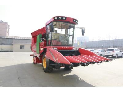 天人4YZB-6(2200)型自走式玉米联合收获机