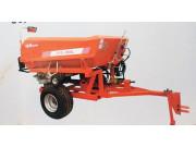 盐城威氏2FQ-3000牵引式撒肥机