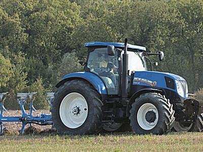 纽荷兰T1554轮式拖拉机