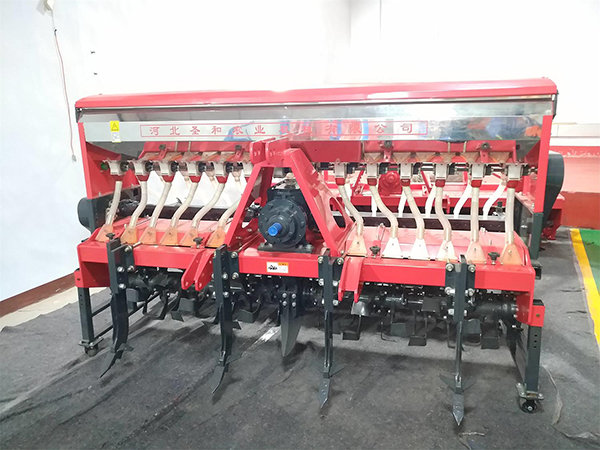 圣和开元王2BFSG-14(14)(200)深松旋耕施肥撒播机