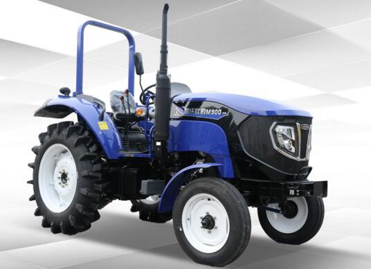 动力更强劲 ·匹配国产名优四缸发动机,配套动力强、可靠性高; ·可选装全柴、玉柴、雷沃动力发动机,增加配套动力多样性,满足不同用户需求; ·排放标准为国内要求国标准。 技术更先进 ·采用加强型驱动轴,作业稳定性更高; ·进口德国LUK双作用离合器,性能更可靠; ·双油缸强压提升器,带高度限位,提升力大,维修方便; 作业更高效 ·变速箱采用16+8梭式换挡,选装8+4档、16+8爬行档,速度匹配合理,作业效率高