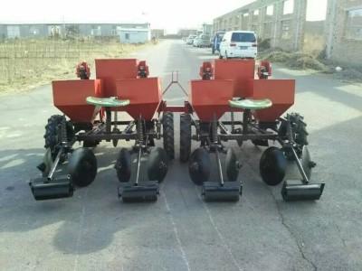 禹城大地2CM系列土豆种植机