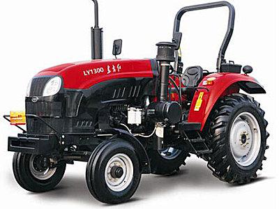 东方红LY1300轮式拖拉机