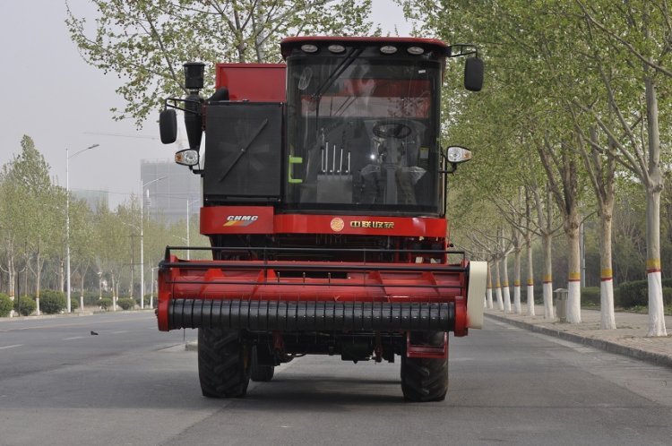中联收获4HZJ-2500自走式花生捡拾收获机