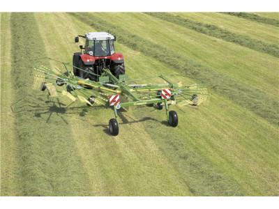 科罗尼Swadro800水平耙式搂草机