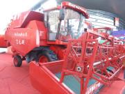 4LZ-15轮式谷物收获机