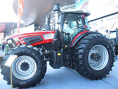 亿嘉迪敖YJ-2604轮式拖拉机