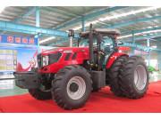 HT-2204轮式拖拉机