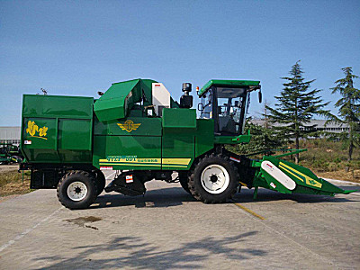 五征4YZP-5DY自走式玉米收获机