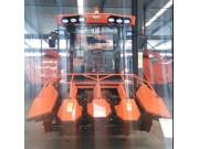 4YZB-4自走式玉米收获机