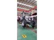 2104B轮式拖拉机