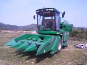 泰州常发4YZB-4D玉米收获机