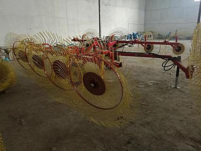哈尔滨诺斯9LYZ-8牵引式液压折叠搂草机