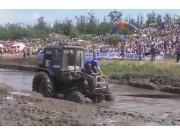 战斗民族的拖拉机越野大赛