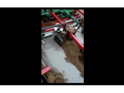 青岛璞盛2CMMF-2A双垄单行马铃薯种植机视频