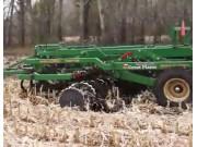 大平原深松耙茬整地机Max_Chisel处理玉米秸秆作业视频