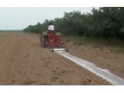 棉花施肥覆膜播种机的使用与维护