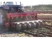 小麦旋耕播种机的使用与维护