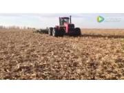 大平原圆盘耙玉米茬作业视频