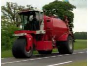 Vervaet公司2015款Hydro Trike系列自走式撒肥机-作业视频