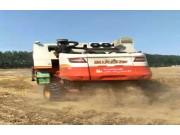 雷沃GE70小麦机作业视频