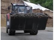 Fliegl公司前置装载粉碎机-作业视频
