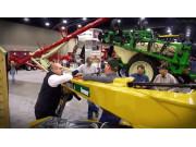 2017年农场机械展会威猛展区