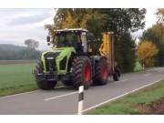 科乐收(CLAAS)设备公路行驶演示视频
