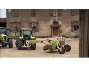 科乐收(CLAAS)牵引式割草机视频