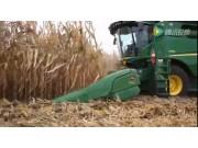 约翰迪尔600C系列玉米割台拉茎辊的优势视频