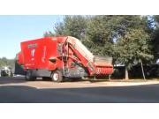 赛特利斯MAXI290全混日料车作业视频