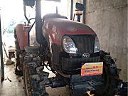 东风红704拖拉机